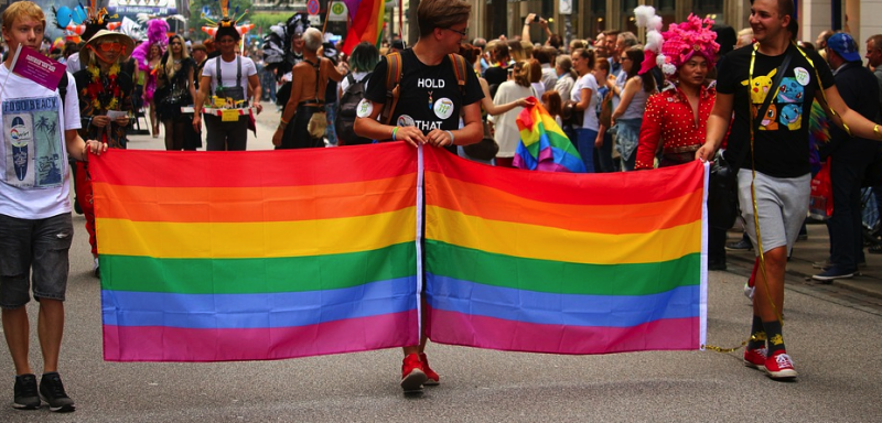 Kordonok közé zárják a Budapest Pride résztvevőit