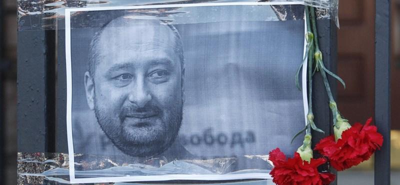 Életben van a Kijevben állítólag lelőtt orosz újságíró