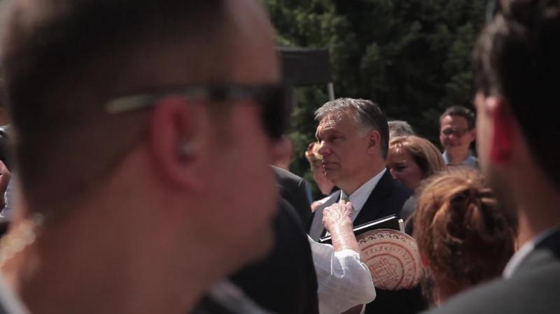 """Orbán még egy focis kérdést sem engedett meg az Indexnek, mert az """"fake news-gyár"""""""