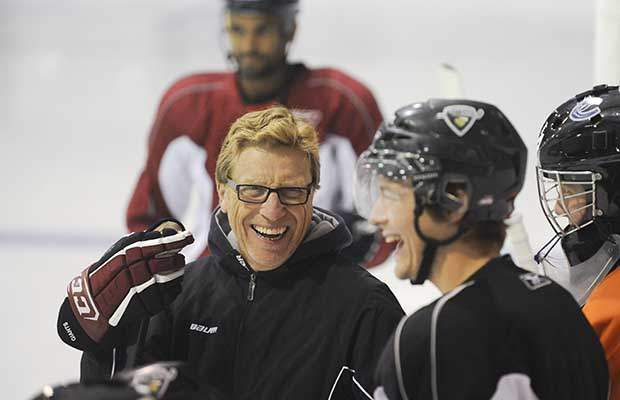 NHL-es kanadai vezetőedzője lett a DVTK Jegesmedvéknek