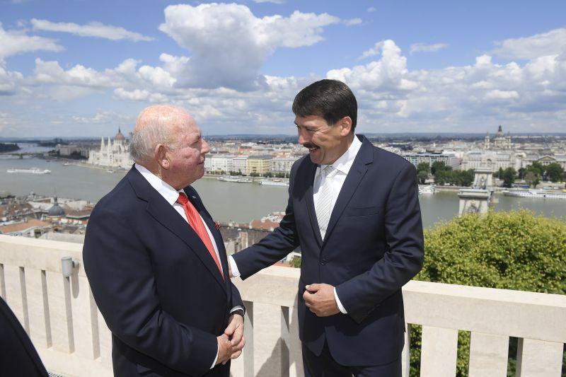 Átadta megbízólevelét az Egyesült Államok új magyarországi nagykövete
