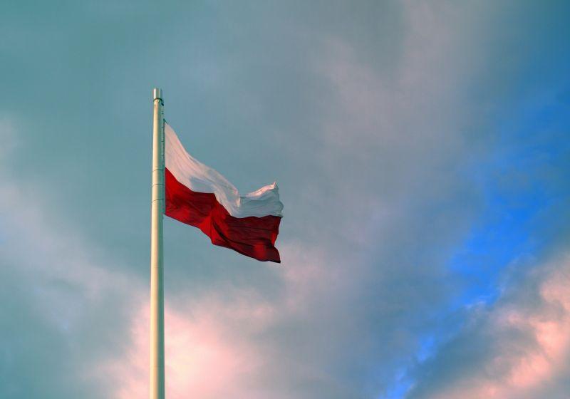 A lengyelek meglépték: 20 százalékkal csökken a képviselők fizetése