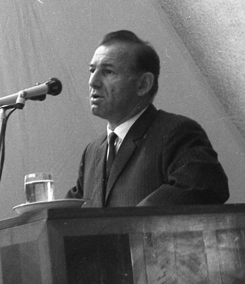 95 évesen halt meg Nyers Rezső