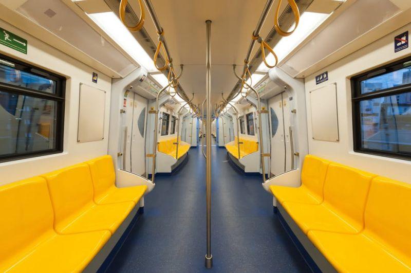 Vonaton született meg egy baba, ingyen utazhat majd ha felnő