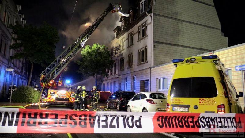 Felrobbant valami egy németországi társasházban