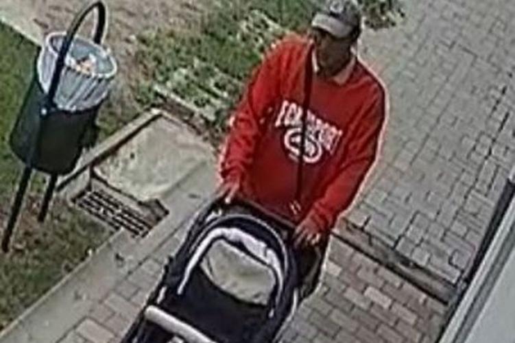 Ilyen nincs: babakocsit lopott egy férfi Nyíregyházán