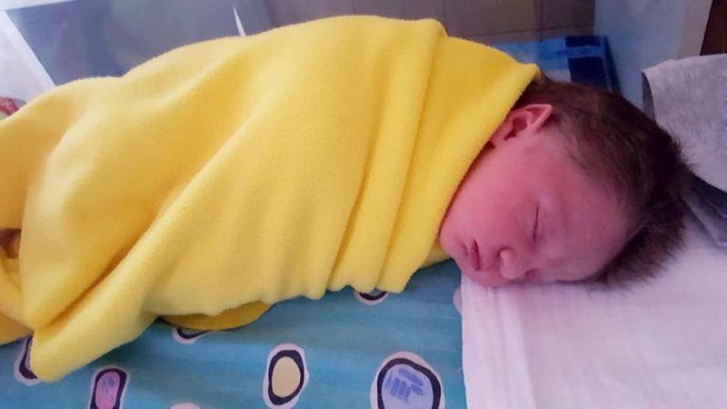 Gólyahír: megszületett Balássy Betty kisbabája