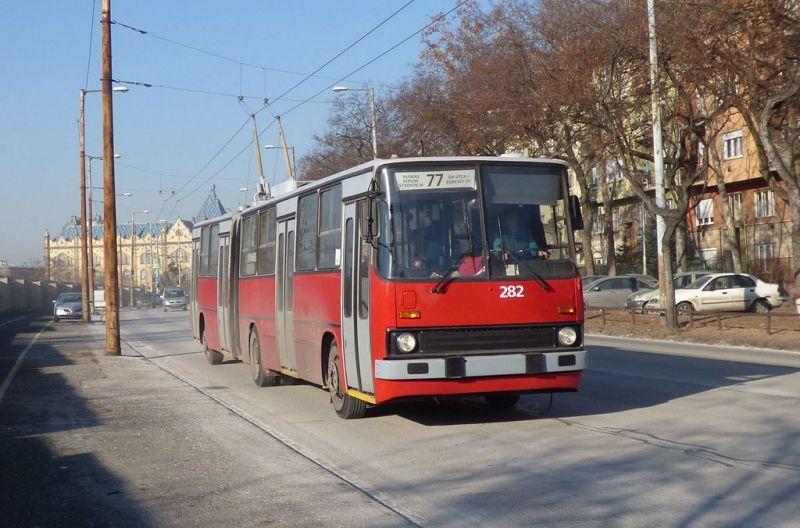 Felsővezeték-javítás miatt pótlóbuszt állítanak a 75-ös és 77-es troli útvonalára