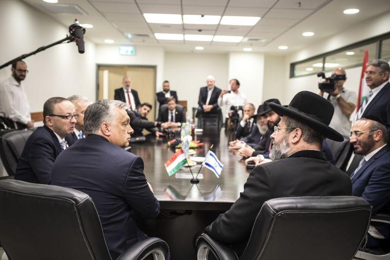 Orbán Viktor a zsidó örökség előtt rótta le tiszteletét
