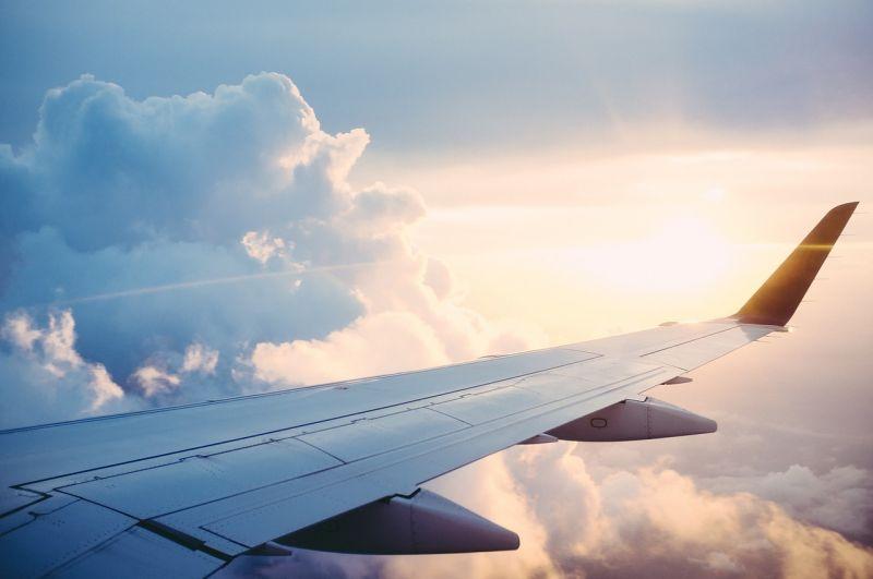 Hoppá! Kétszer nagyobb volt a légiforgalom Magyarország fölött júliusban az előrejelzettnél
