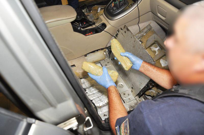 36 csomagban találták meg a drogot a kettős állampolgárságú férfinál