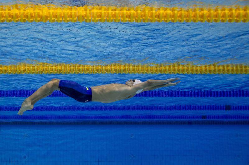 Kizárták a magyar váltót az úszó EB-n