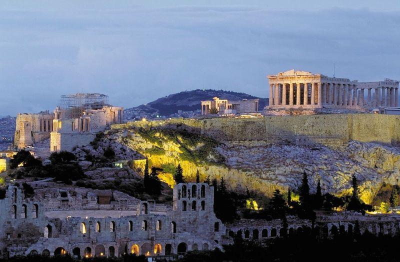 Közgazdász: ha Görögország nem kap újabb hitelt, nem lesz nyugdíj