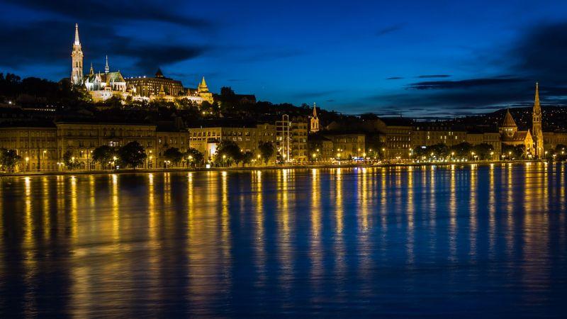 A Duna alacsony vízszíntje megbénítja a hajóforgalmat