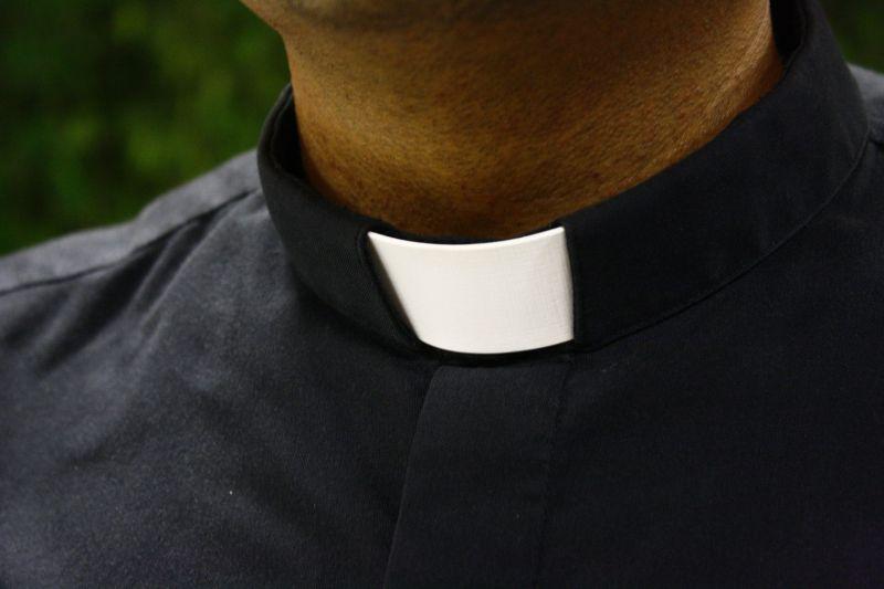 Háromszáz katolikus pap követett el több mint ezer szexuális zaklatást