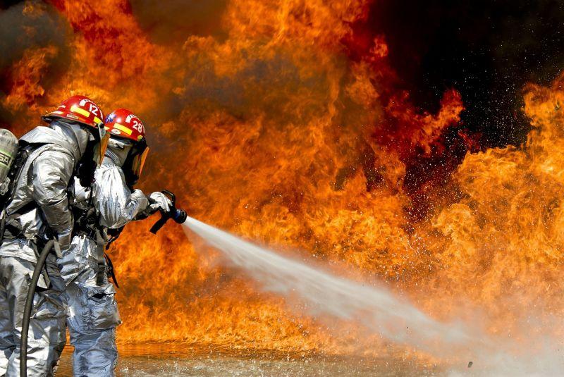 Hatalmas tűz tombol Kanadában