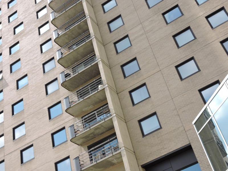 20-30 százalékkal nőhetnek a lakásárak Debrecenben a BMW-gyár miatt