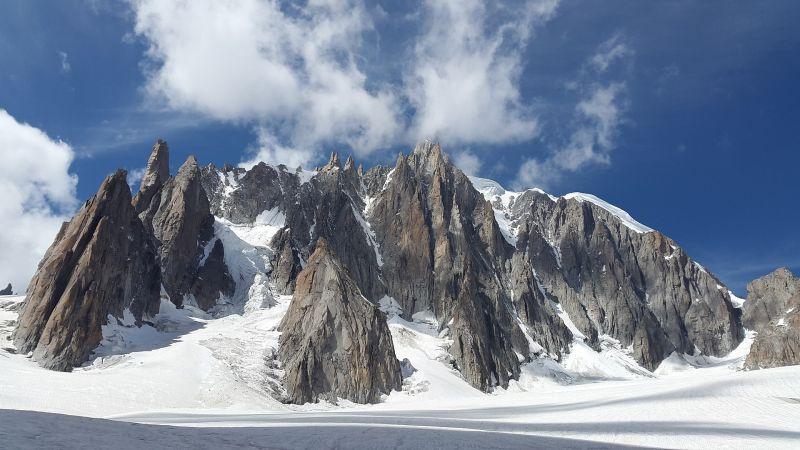 Meghalt öt hegymászó a Mont Blanc-on