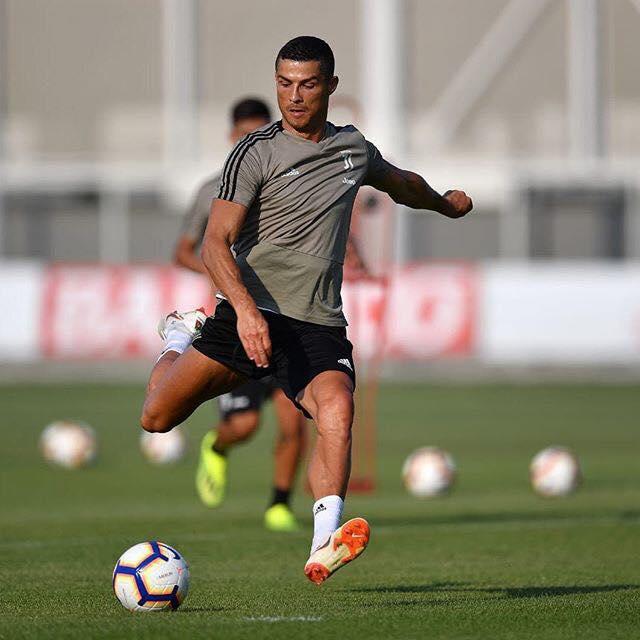 Cristiano Ronaldo behúzta az első tétmeccsét a Juventusban