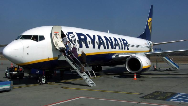 Budapesti járatokat is törölt a Ryanair a pénteki sztrájk miatt