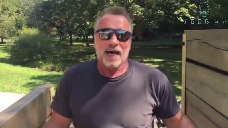 Bréking! Schwarzeneggert beengedték egy budapesti boltba