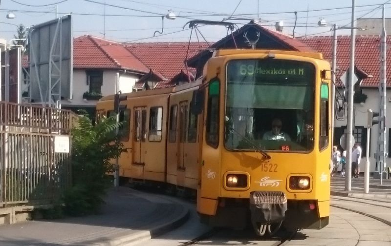 Baleset miatt 3 villamosjárat helyett is pótlóbusz közlekedik