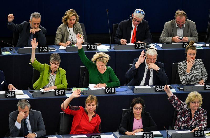 Ezt írták Európa vezető lapjai a Sargentini-jelentés elfogadásáról