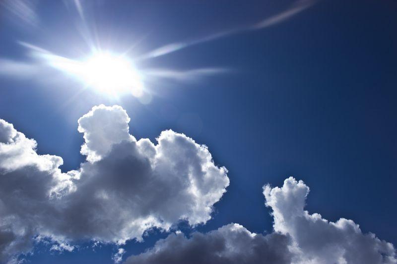 Rendületlenül uralkodik tovább a nyár