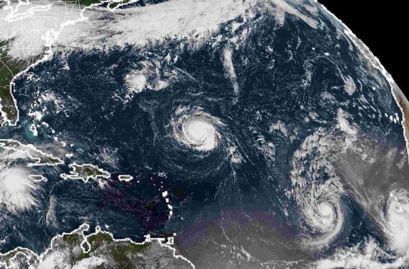 Egyre gyengül, és halad a kontinens belseje felé a Florence hurrikán