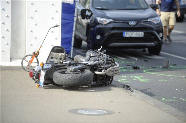 Halálos baleset történt az Erzsébet hídon