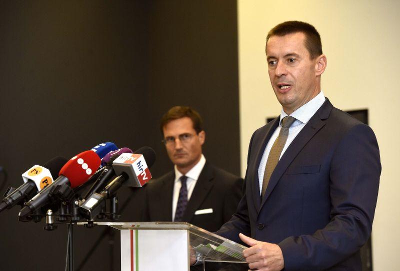 Ellenállást hirdetett a Jobbik az Orbán-rendszerrel szemben