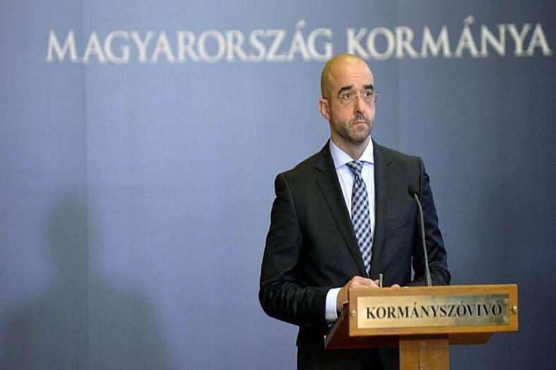 Kormányszóvivő: a Sargentini-jelentés politikai indíttatású