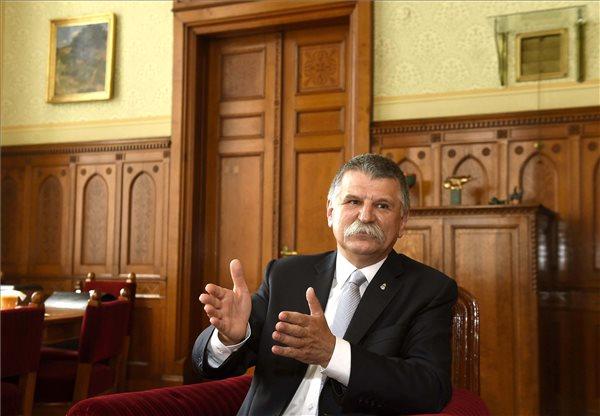 Kövér László szerint elmebetegek és kommunisták ülnek az Európa Parlamentben
