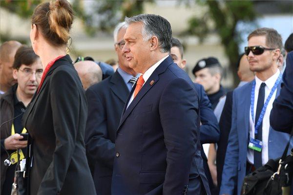 Orbán: a Frontex még egyetlen méter határt sem védett meg, ellentétben a magyarokkal