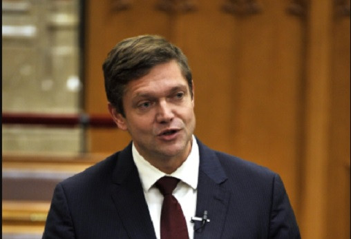 Bár tartanak a Fidesz hazaárulózásától, végül megszavazza az MSZP a Sargentini-jelentést