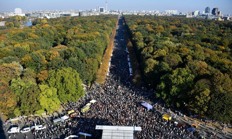 Több százezren tüntettek a rasszizmus ellen