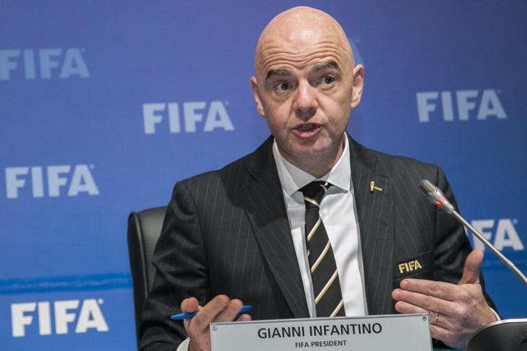 A FIFA-elnök súgott a sztárkluboknak?