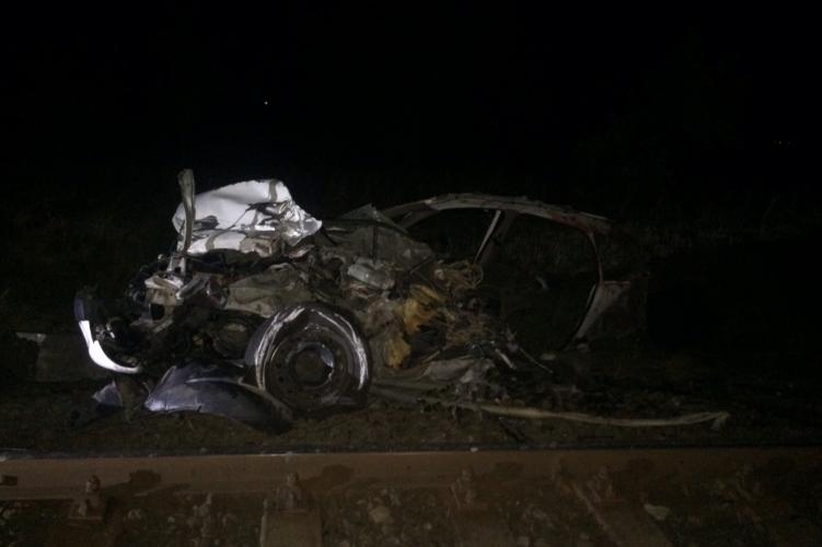 Négy ember meghalt a székkutasi vasúti átjáróban – fotók