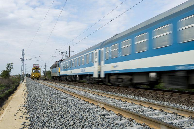 Két hétvégén megváltozik a vonatok közlekedési rendje