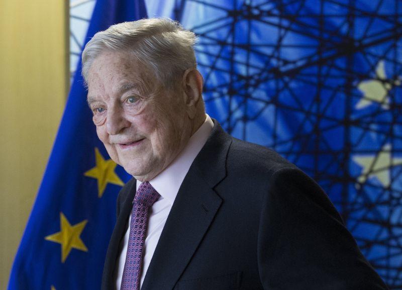 Bombát tettek Soros György postaládájába