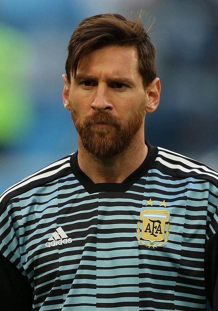 Messi karjában eltört egy csont, három hétig nincs foci