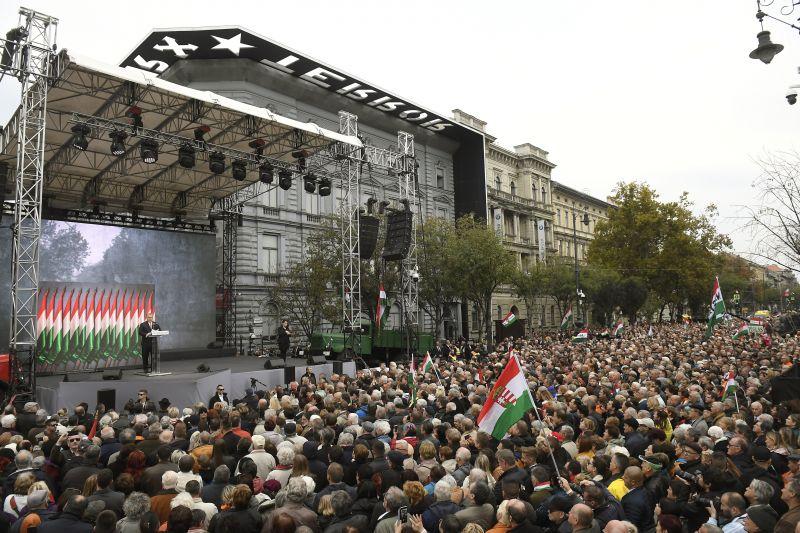 Elemzők: Orbán az ünnepi beszédében a jövő évi EP-választás tétjéről beszélt