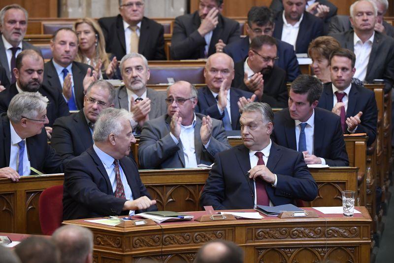 A Nézőpont szerint a Fidesz-KDNP lehet a legsikeresebb az EP-választáson