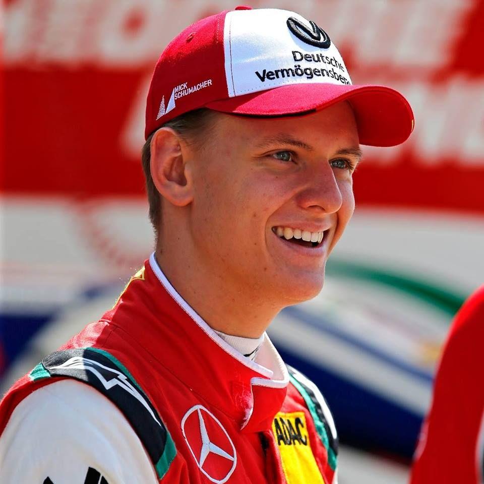 Apja nyomdokain a kis Schumacher
