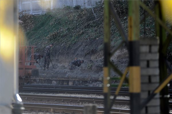 Robbanótestet találtak a Déli pályaudvaron