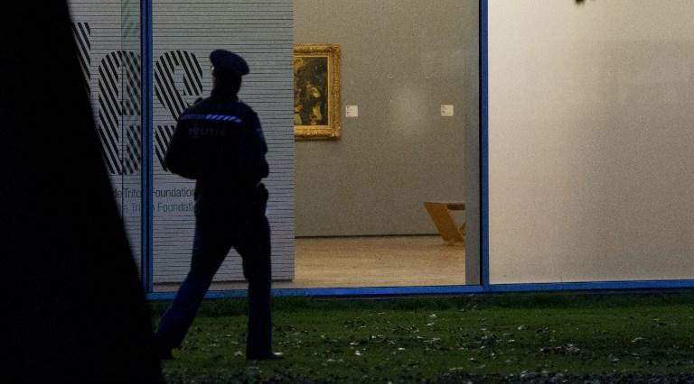 Értékes festményt találtak elásva Romániában, vélhetően a rotterdami műcsarnokból ellopott Picasso-képet