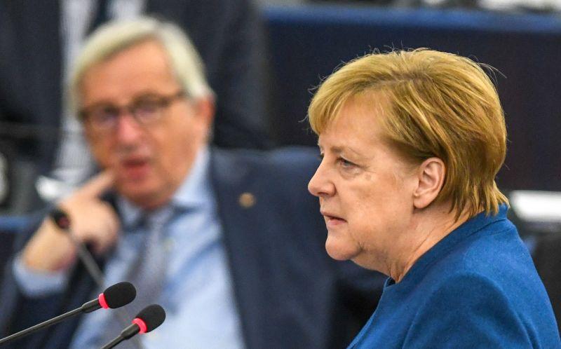 Merkel: 2015-ben Orbán kérte a németeket és osztrákokat, hogy fogadják be a menekülteket