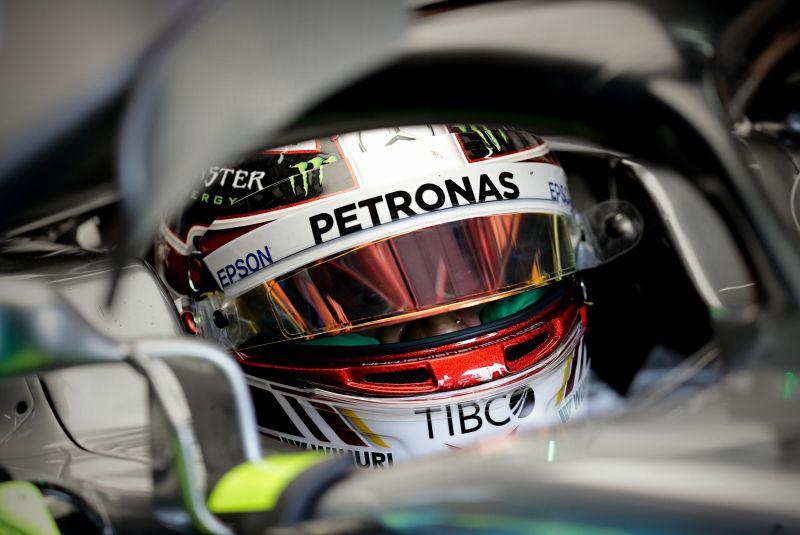 Hamilton nyerte a brazil időmérőt