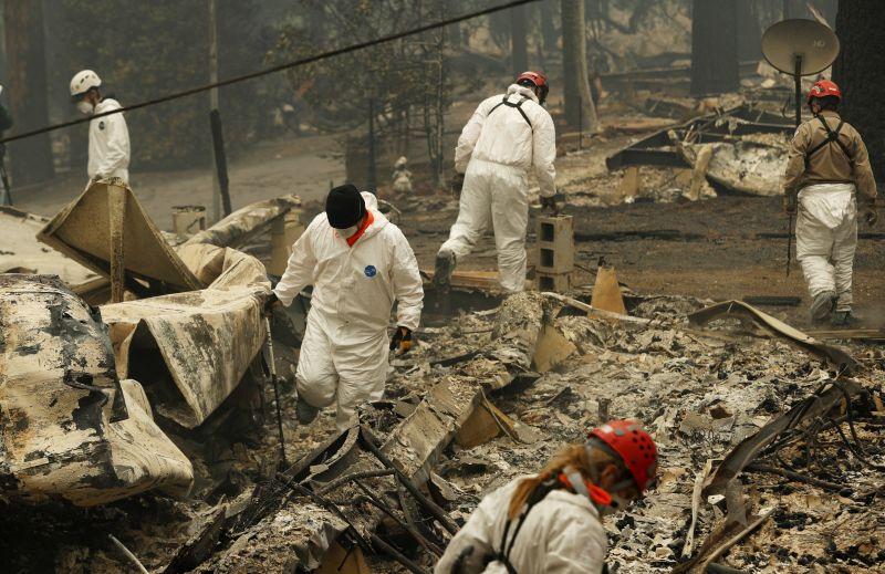 Újabb holttesteket találtak a kaliforniai tűzvész helyszínein