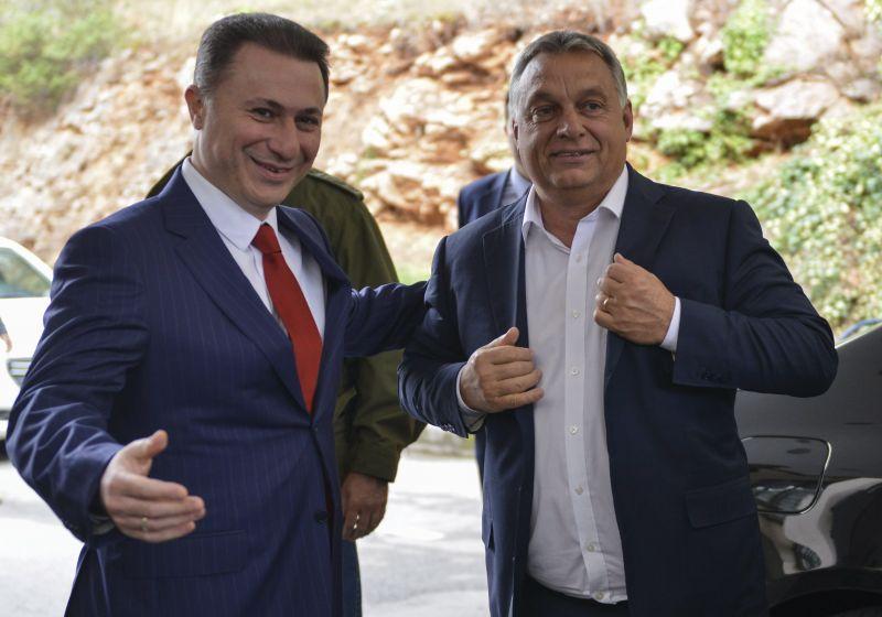 Elzavarták a macedón tévéseket Orbán házától